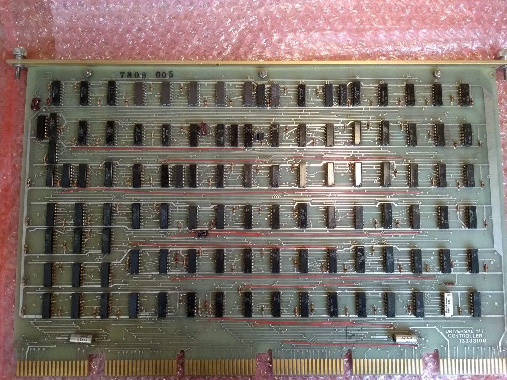 Universal MTT controller board. Top view.